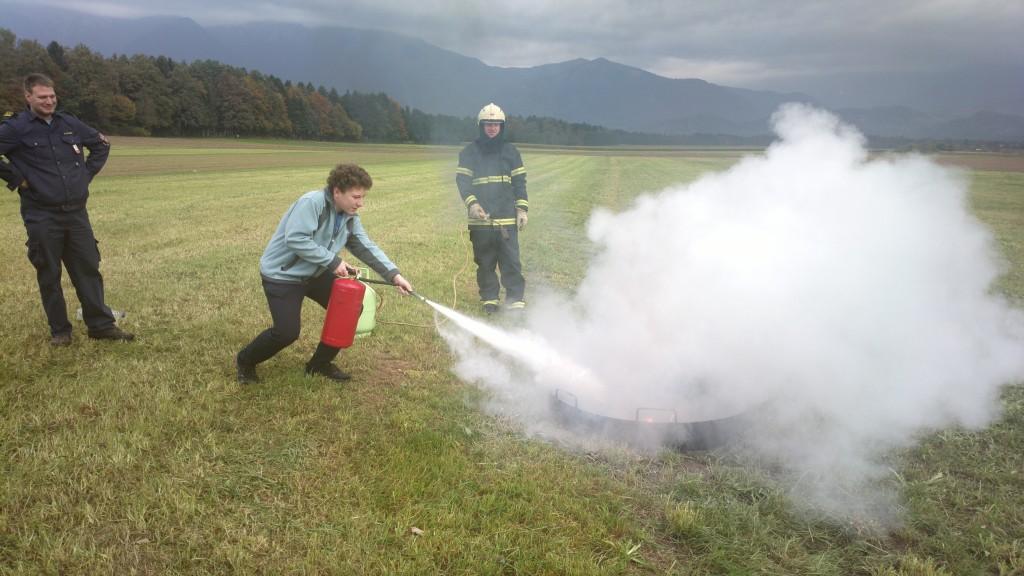 Gašenje začetnih požarov z gasilnikom