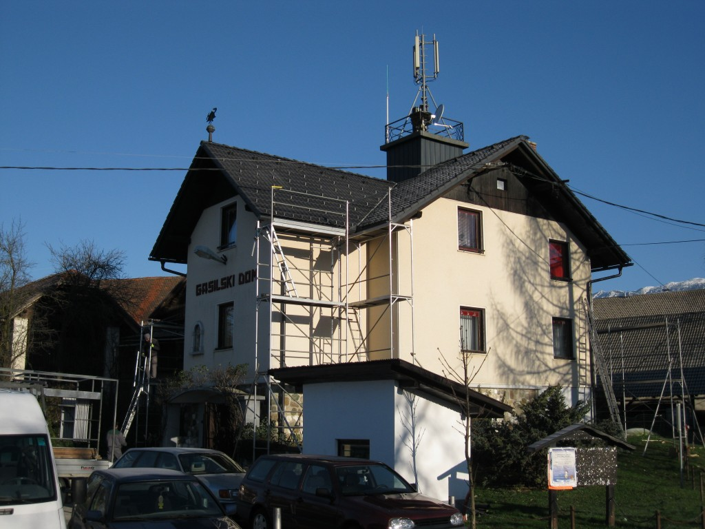 Nova streha na gasilskem domu
